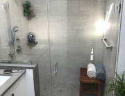 minimalistic shower